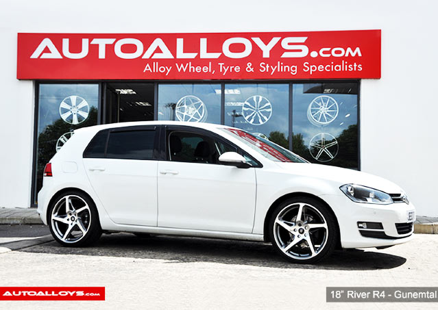 Volkswagen Golf 08 - 13 (MK6) 18 inch River R-4 GunMetal Polished Alloy Wheels