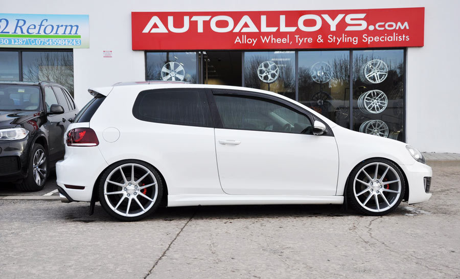 Volkswagen Golf                                                                 19 inch Veemann V-FS4 Silver Machined