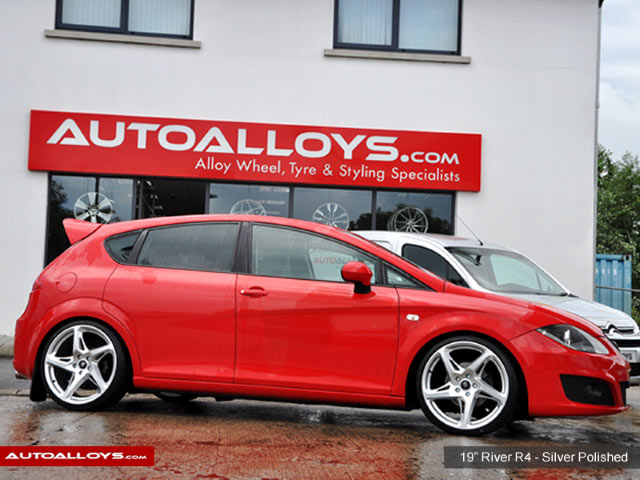 Seat Leon 05 - 12 (1P) 19 inch River R-4 Matt Silver Polished Alloy Wheels