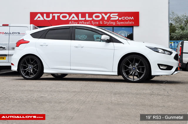 Ford Focus 11 On (MK3) 19 inch RAW RS3 Style - Gunmetal