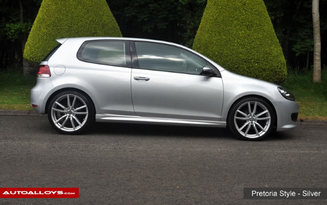 Volkswagen Golf                                                     Volkswagen Golf with Pretoria Style - Silver