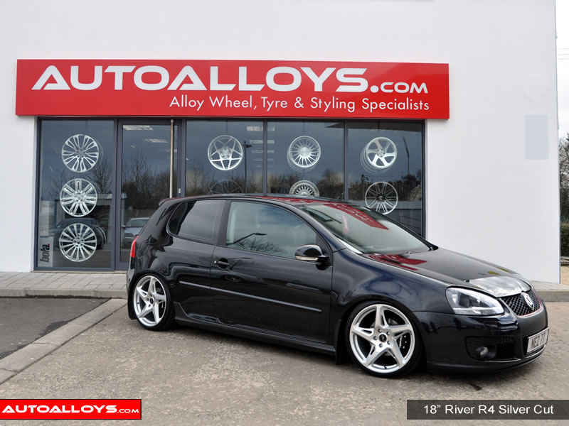 Volkswagen Golf 04 - 08 (MK5) 18 inch River R-4 Alloy Wheels