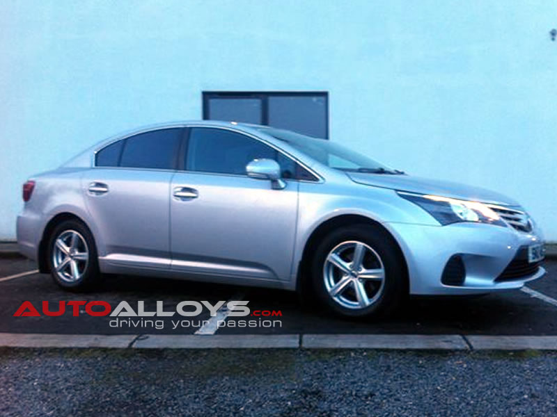 Toyota Avensis 09 On 16 inch Team Dynamics Cyclone Silver Alloy Wheels