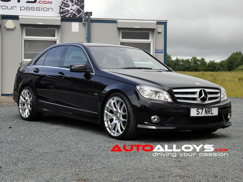 Mercedes C Class 07 On (W204) 19 inch Zito 935 Silver Alloy Wheels