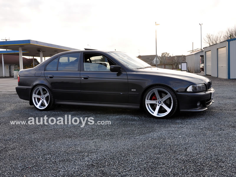BMW 5 Series 95 - 03 (E39) 19 inch Cades Apollo Silver Alloy Wheels