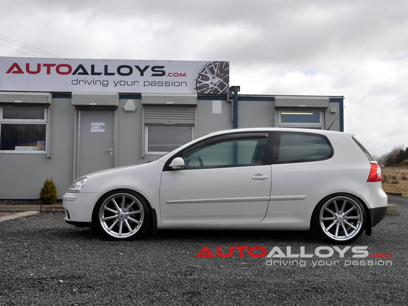 Volkswagen Golf 04 - 08 (MK5) 19 inch OEMS 110 SMF Alloy Wheels