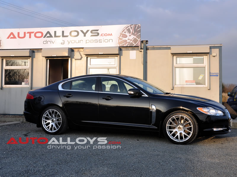Jaguar XF 07 On 19 inch Zito 935 Silver Alloy Wheels