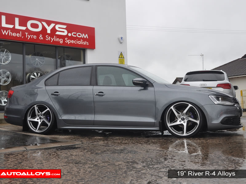 Volkswagen Jetta 11 On (MK6) 19 inch River R-4 Alloy Wheels