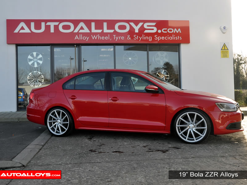 Volkswagen Jetta 11 On (MK6) 19 inch Bola ZZR SMF Alloy Wheels