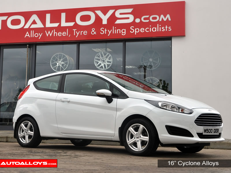 Ford Fiesta 08 On (MK7) 16 inch Team Dynamics Cyclone Silver Alloy Wheels