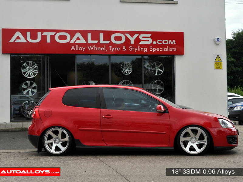 Volkswagen Golf 04 - 08 (MK5) 18 inch 3SDM 0.06 SMF Alloy Wheels