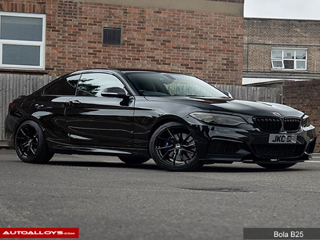 BMW 2 Series  14 On (F22) 18 inch Bola B25 Gloss Black Alloy Wheels