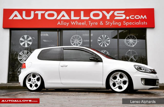 Volkswagen Golf 08 - 13 (MK6) 18 inch Lenso Alphards Alloy Wheels - Polished Silver