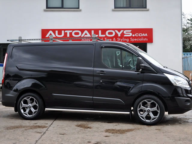 Ford Transit                                                    Ford Transit RAW ST-Style