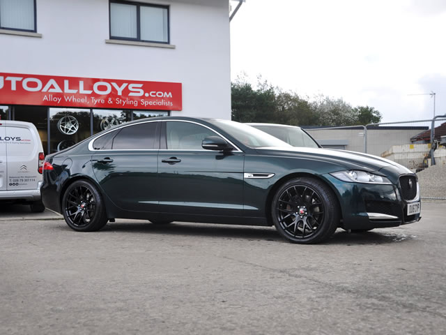 Jaguar XF                                                    Jaguar XF Axe CS Lite Alloy Wheels