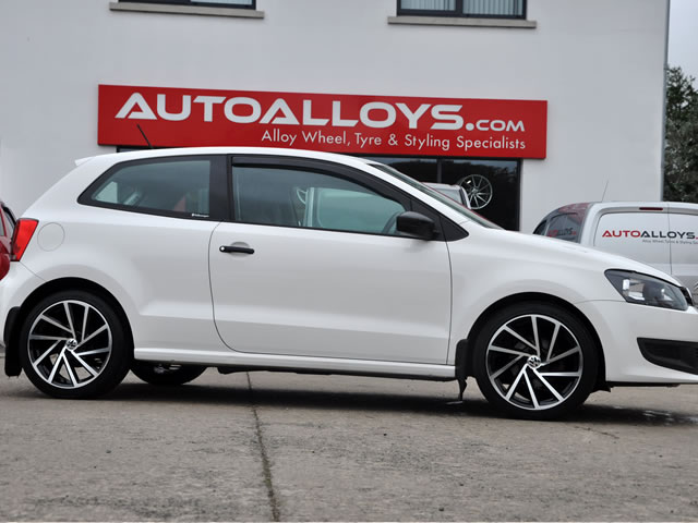Volkswagen Polo                                                    Volkswagen Polo RAW Golf R-Style Alloy Wheels