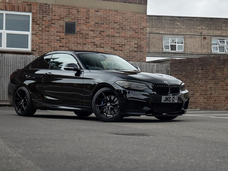 BMW 2 Series                                                    Bola B25 Gloss Black BMW 2 Series
