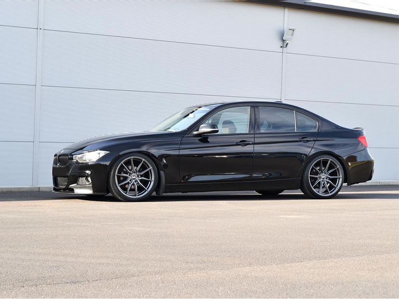BMW 3 Series                                                    Bola B16 Gloss Gunmetal BMW 3 Series