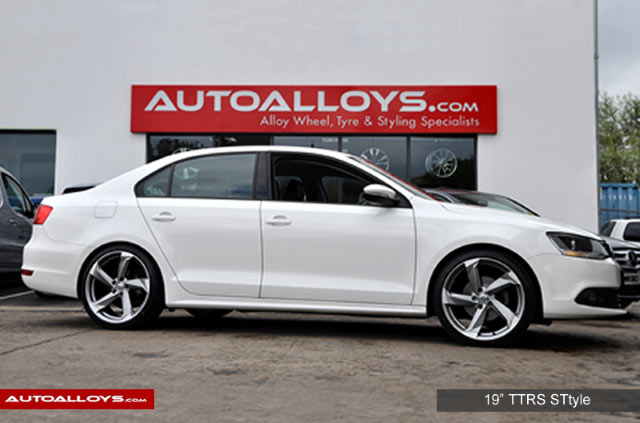 Volkswagen Jetta 11 On (MK6) 19 inch RAW TTRS Style Alloy Wheels - Satin Gunmetal