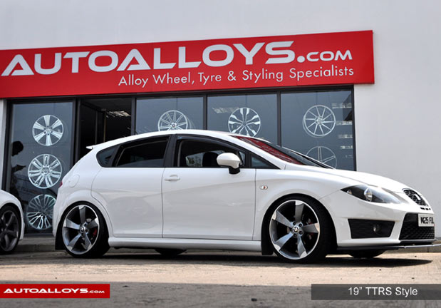 Seat Leon 05 - 12 (1P) 19 inch RAW TTRS Style Alloy Wheels - Satin Gunmetal