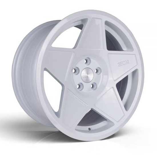 "18"" 3SDM 0.05 White Alloy Wheels"