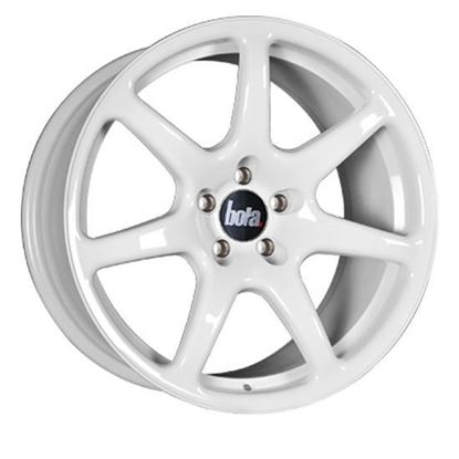 "17"" Bola B7 White Alloy Wheels"