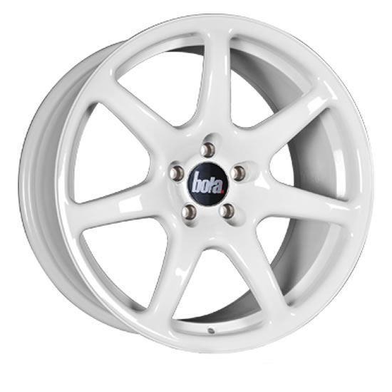 "17"" Bola B7 White Alloy Wheels"